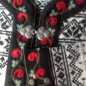 Handknit Women's Sweater